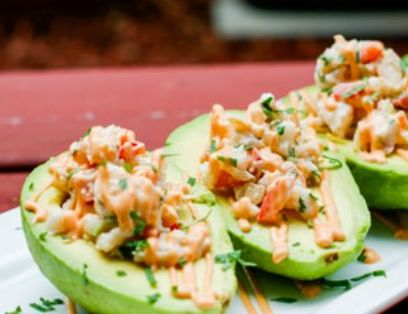Avocado shells filled with a refreshing mix of fresh avocado, jumbo lump crab meat, red onions cilantro and freshly squeezed lime juice. Served a top a bed of spring mix lettuces.