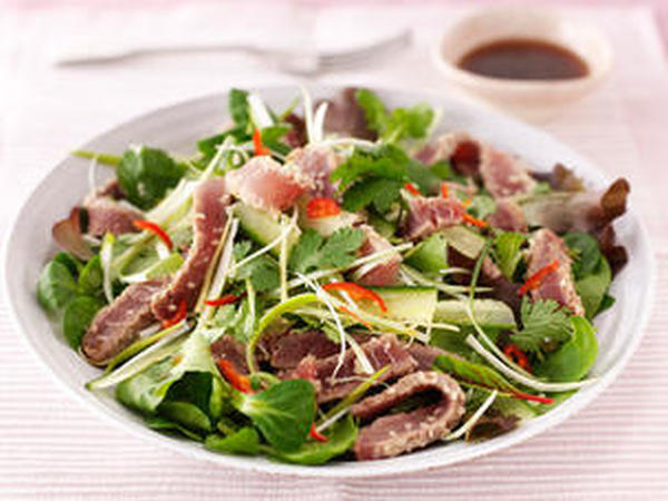 sesame seared tuna salad sesame seared 1 ahi tuna served over a bed of ...