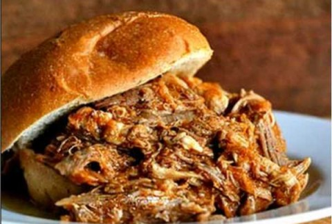 Pork butt slow smoked with hickory wood in our smoker and served in our smoky Carolina style au jus with Colby Jack Cheese & BBQ sauce.